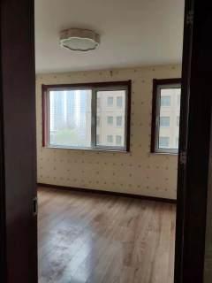 (菏泽)华侨城5室2厅2卫150m²简单装修