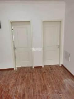 (菏泽)剑桥学府3室2厅1卫67万126m²简单装修出售