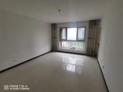(菏泽)华侨城3室2厅2卫92万带车储122m²出售