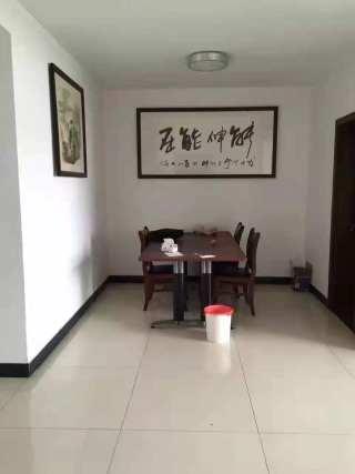 (菏泽)中达·金河湾3室2厅2卫2500元/月148m2简单装修出租