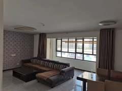 万达广场现房3居室,可贷款,不捆绑车位储藏室,方便看房!
